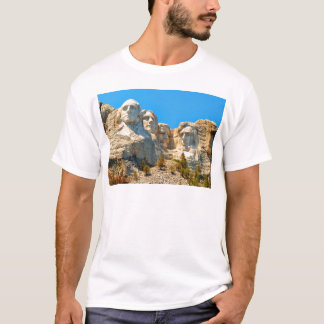 Mount Rushmore Classic View T-Shirt
