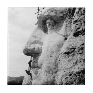 Mount Rushmore construction Tiles