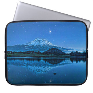MOUNT SHASTA BY STARLIGHT COMPUTER SLEEVE