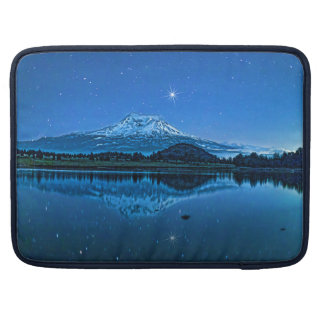 MOUNT SHASTA BY STARLIGHT MacBook PRO SLEEVE