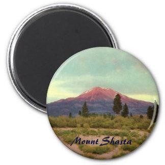 Mount Shasta Magnet