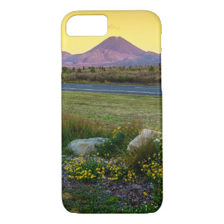 Mount Tongariro, New Zealand iPhone 8/7 Case