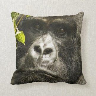 Mountain Gorilla, Gorilla beringei beringei, Throw Pillows