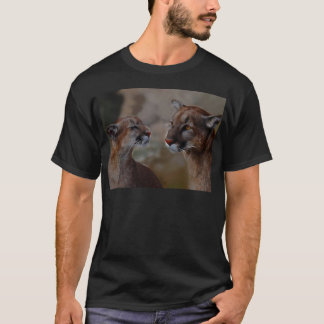 Mountain lions reverence T-Shirt
