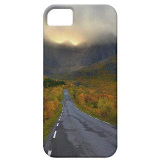 Mountain Massif of Flakstadoya Island Norway iPhone SE/5/5s Case