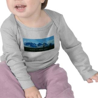 Mountain Peaks digital art - John Muir quote T Shirt