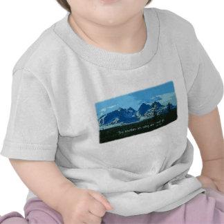 Mountain Peaks digital art - John Muir quote Tshirt