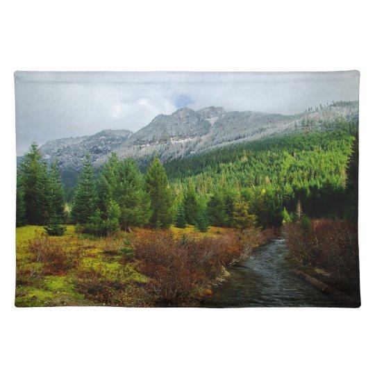 Mountain place mat