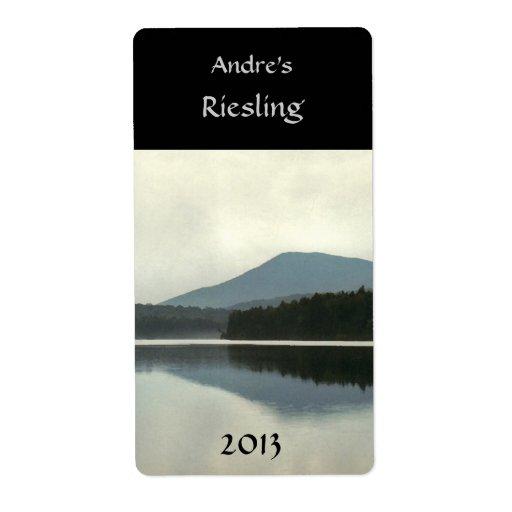 Mountain Pond Wine Label