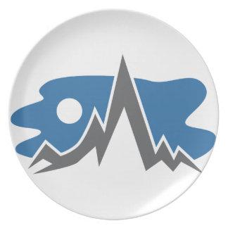 Mountain Range Icon Party Plate