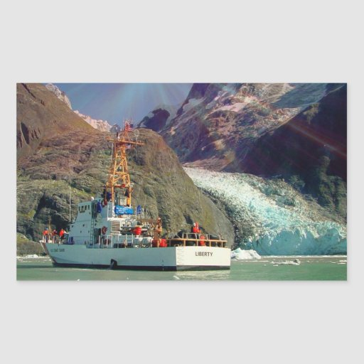 Mountain View de Alaska con el barco Pegatina Rectangular