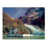 Mountain View de Alaska con el barco Tarjetas Postales