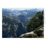 Mountain View de Yosemite en el parque nacional de Tarjeta Pequeña