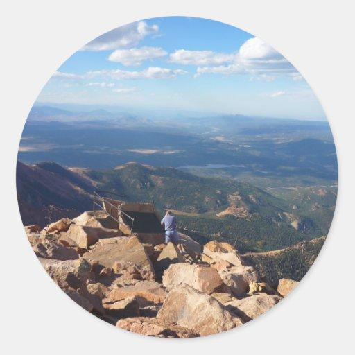 Mountain View en la cima del pico de los lucios Pegatina Redonda