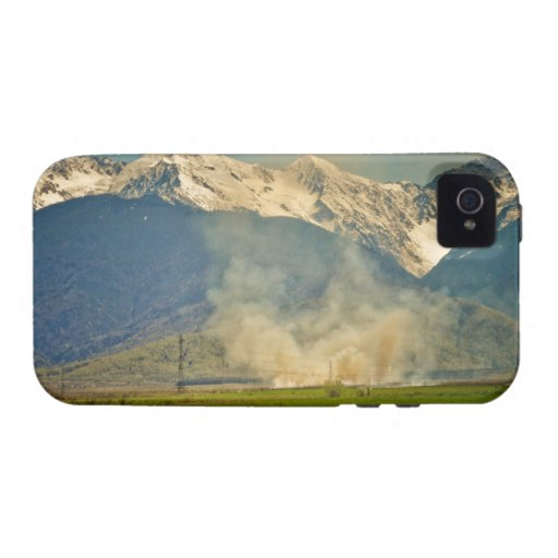 Mountains Vibe iPhone 4 Cover