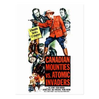 Mounties canadienses contra invasores atómicos postal