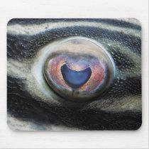 Mouse pad (close-up of eye) of royal pureko