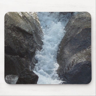 Mouse pad with water fall