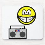 Boom box radio smile   mousepad