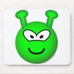 Green alien emoticon   mousepad