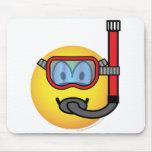 Snorkel emoticon   mousepad