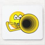 Trombone emoticon   mousepad