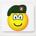 Green beret emoticon   mousepad