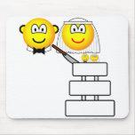 Wedding cake emoticon Cutting  mousepad