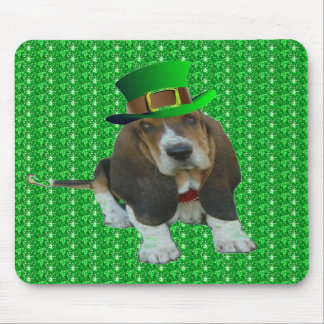 Mousepad Basset Hound St Patrick feliz
