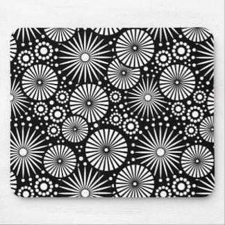 Mousepad blanco y negro hermoso