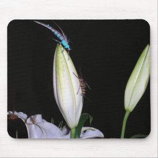 Mousepad con la mosca atada mano azul hermosa