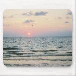 Mousepad de la puesta del sol de la playa de Clear