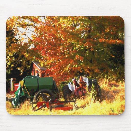 Mousepad - Rustic Fall Tractor Scene (oil)