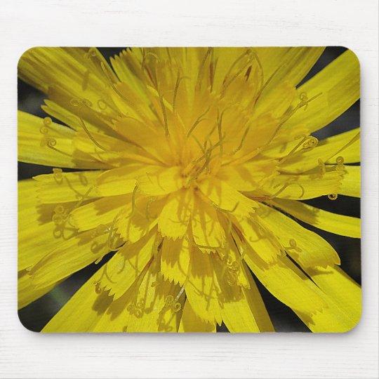 Mousepad yellow bloom center