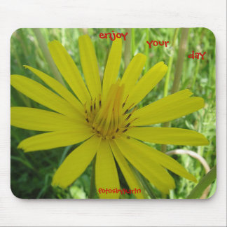 Mousepad yellow daisy: enjoy your day