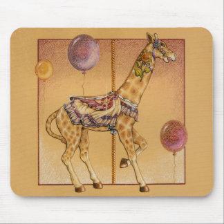 Mousepads - jirafa del carrusel tapetes de ratones