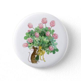Mousie Clover Bouquet button