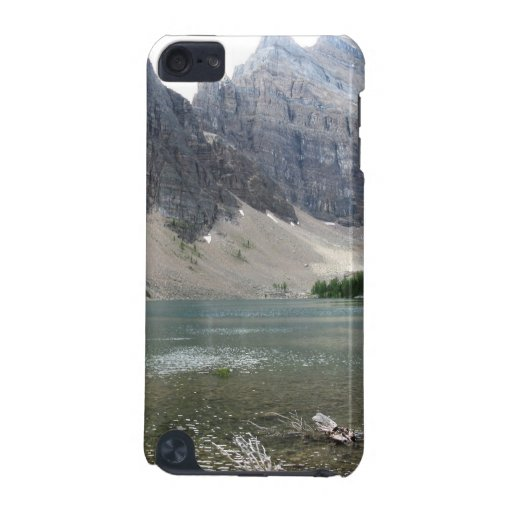 Moutain and Lake View Ipod Touch Case