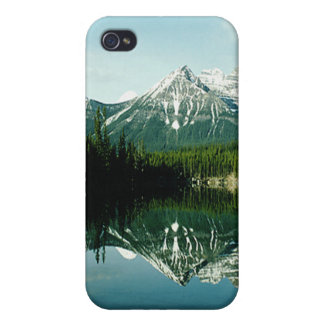 Movable Snow Caps on a Mountain Range Landscape iPhone 4/4S Covers