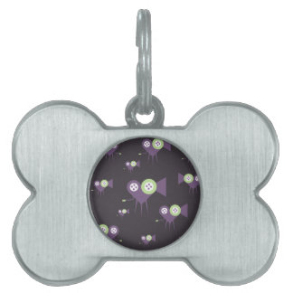 Movie camera in the shape of love heart rolling pet name tag