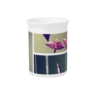 Móvil rosado del espiral de la grúa del origami de jarras