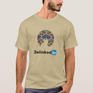 Movimiento no alineado Delinked en camisa