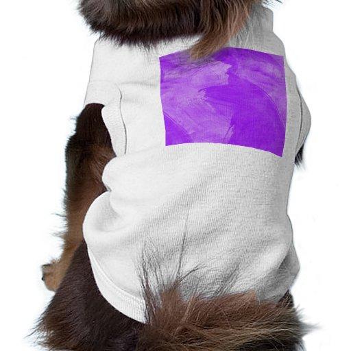 Movimientos púrpuras del cepillo de la acuarela camisas de perritos