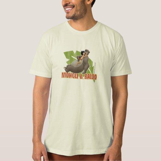 Mowgli y Baloo del libro de la selva que abrazan Playera