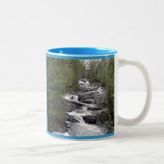 Moxie Stream Mug