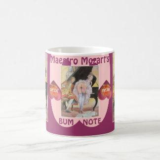 Mozart sorprendió por estar en la luna taza de café