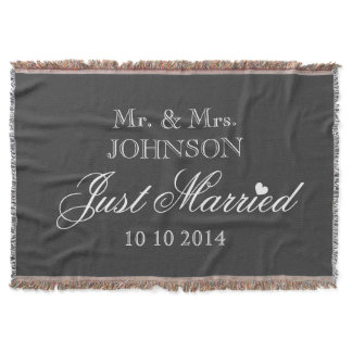 Mr and Mrs just married throw blanket for newlywed