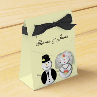 Mr and Mrs Snowman Cute Bride and Groom Favor Box