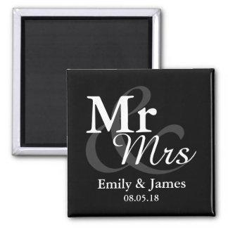 Mr&Mrs Simple Elegant Typography Wedding Favor Magnet