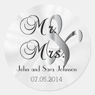 Mr & Mrs White Wedding | Personalize Classic Round Sticker